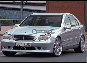 Mercedes Benz C class 2005 300x216 دفترچه راهنمای مرسدس بنز کلاس C مدل 2005